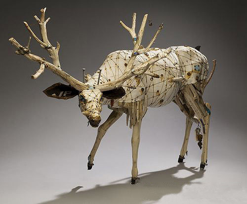 Recycle the waste and manufacture into creative products as antelope mold